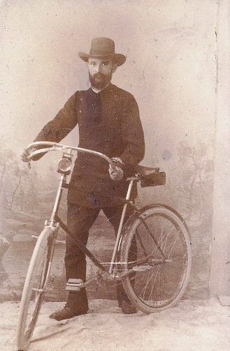 robert bosch with his bike 1890
