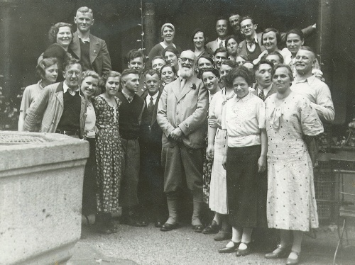 robert bosch with staff stuttgart feuerbach 1935