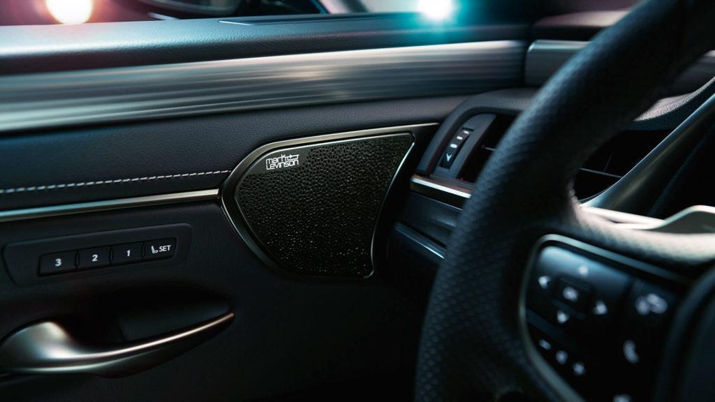 Lexus ES_5