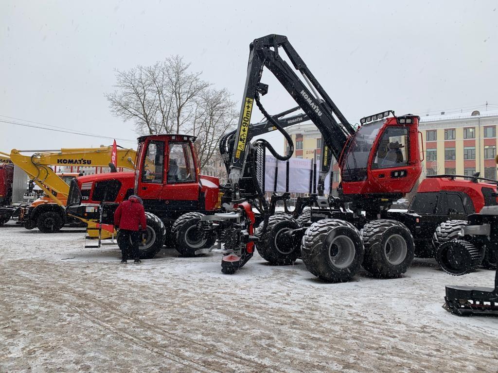 В Вологде представили решения IVECO для лесозаготовки