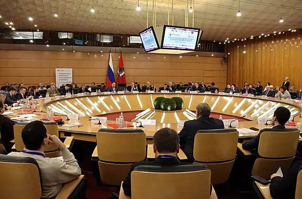 Всероссийский отраслевой автотранспортный Форум прошел в Москве