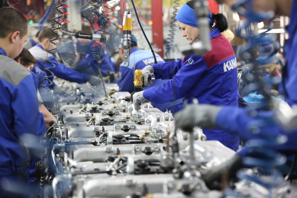 Продолжается разработка новых модификаций двигателей Р6 для КАМАЗ