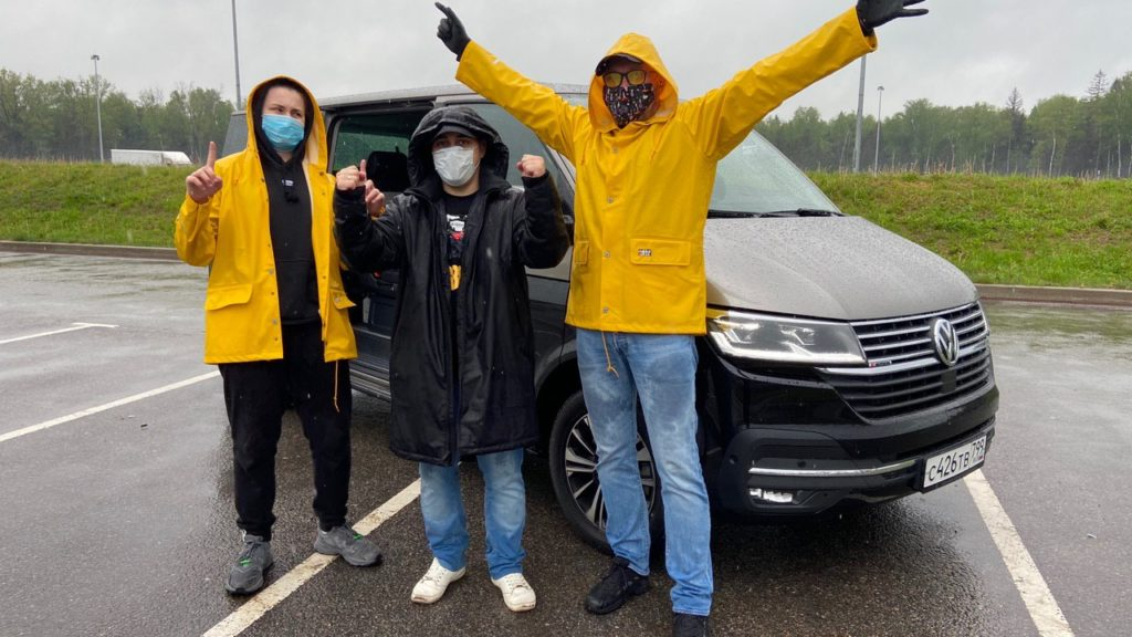 «АВТО ГОДА» вместе с Volkswagen Multivan - из Москвы в Санкт-Петербург