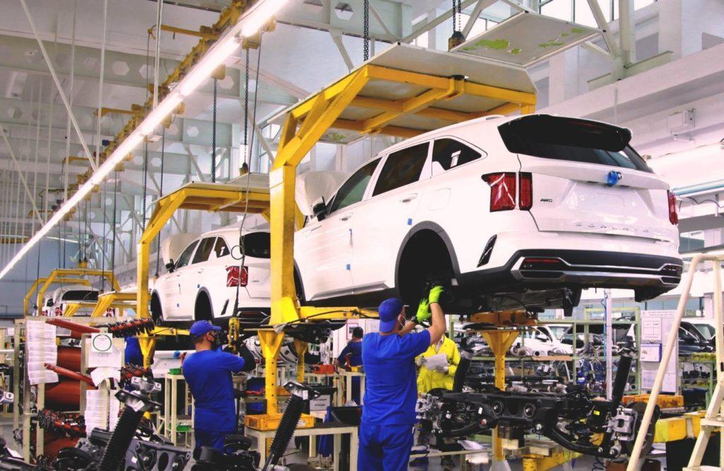 Кто работает на конвейере по сборке автомобилей регулировка кулисы транспортер т4