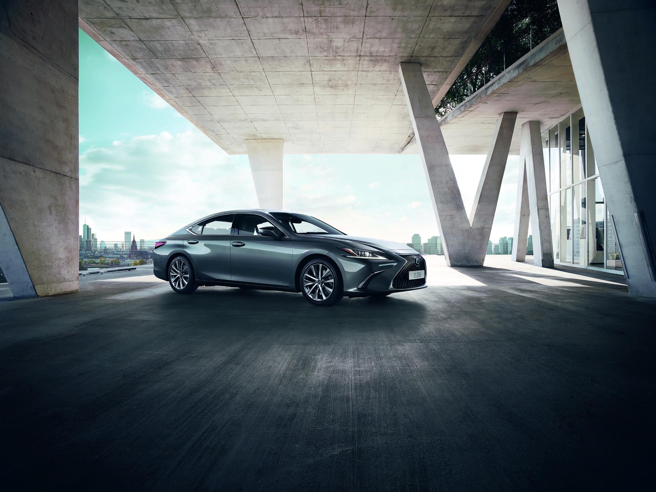 Начались продажи спецверсии Lexus ES 250 Advance