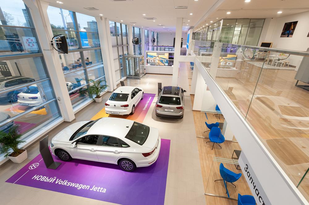Volkswagen обновляет оформление своих дилерских центров