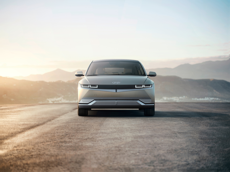 Премьера от Hyundai - новый электрокар IONIQ 5