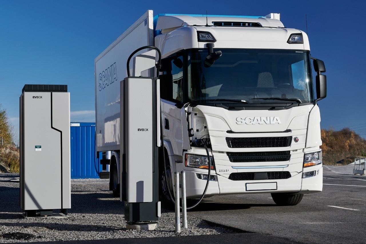 Scania планирует на 50% снизить нагрузку на ОС