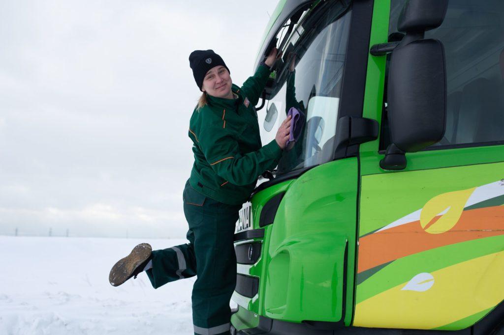 Scania - женщинам-водителям