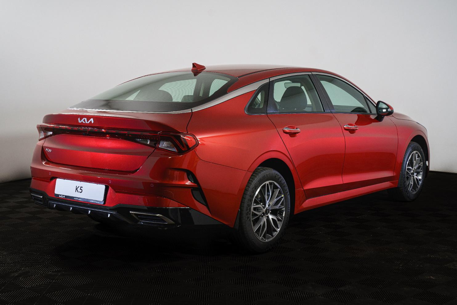 Компания Kia начала продажи К5 2022-го модельного года